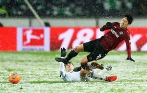 جلوگیری از گل شدن توپ توسط برف در بازی هانوفر - لورکوزن