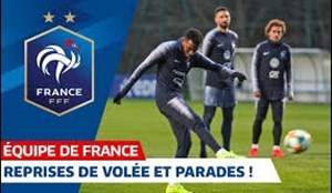 تمرین گلزنی بازیکنان تیم ملی فرانسه (01-01-98)