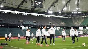 تمرینات آماده سازی بازیکنان تیم ملی آلمان (03-01-98)