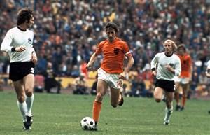 یوهان کرایوف اسطوره هلندی فوتبال جهان