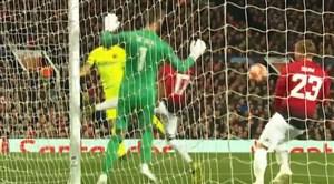 گل اول بارسلونا به منچستر یونایتد ؛ لوک شاو (گل به خودی)