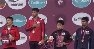 مراسم اهدای مدال طلای بهنام احسانپور