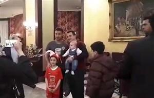 استقبال هواداران از بازیکنان پرسپولیس در هتل تبریز