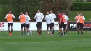 تمرینات بازیکنان آث میلان پیش از بازی برابر بولونیا