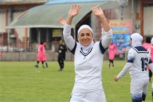 قصه اولین زن فوتبالیستی که در ایران قرارداد صدمیلیونی بست