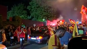 جشن هواداران گالاتاسرای در خیابان های ترکیه