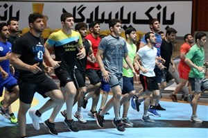 کشتی ایران همچنان درگیر حاشیه ها