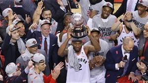 تورنتو رپترز فینالیست بسکتبال NBA در برابر گلدن استیت