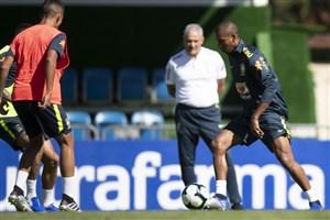 تمرینات آماده سازی تیم ملی برزیل (06-03-98)