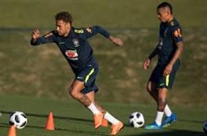 تمرینات تیم ملی برزیل با حضور نیمار (08-03-98)
