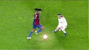 تحقیر بازیکنان بزرگ توسط رونالدینیو