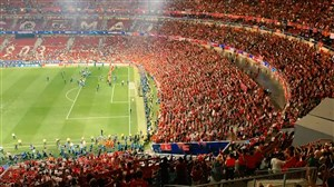 جام روی دست کاپیتان لیورپول ؛ لحظات استثنایی در واندا متروپولیتانو