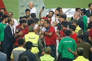 جام را از دست محسن خلیلی زدند! (عکس)