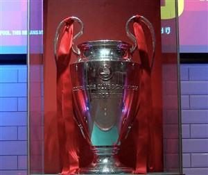 بازگشت جام قهرمانی اروپا به آنفیلد و رونمایی از آن