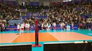گرم کردن بازیکنان لهستان در جو وحشتناک ورزشگاه غدیر