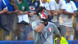 اشتباه عجیب دروازهبان؛ گل دوم برزیل به پرو (فیرمینو)