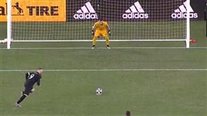 گلزنی وین رونی از نقطه پنالتی مقابل تورنتو