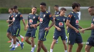 تمرینات آماده سازی بازیکنان برزیل(11-04-98)