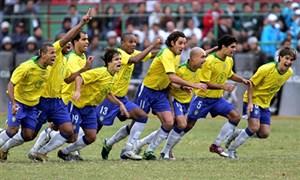 بازی خاطره انگیز برزیل  - آرژانتین (فینال کوپا آمریکا 2004)