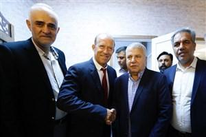 دفاع ایرج عرب از انتخاب گابریل کالدرون