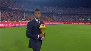 حمل جام قهرمانی آفریقا توسط ساموئل اتوئو