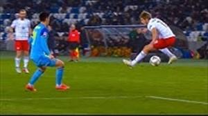 تکنیکهای خاص بازیکنان در زمین فوتبال