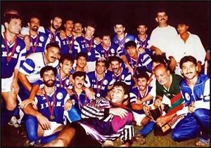 نگاهیبه قهرمانی استقلال در جامباشگاههایآسیا 1990
