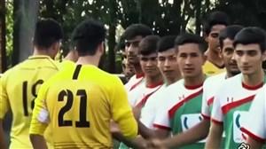 حرکت خیرخواهانه سپاهان و دیداری دوستانه با کودکان کار ایران