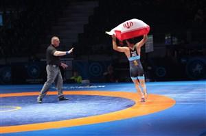 جلوگیری داور از خوشحالی فیروزپور با پرچم ایران
