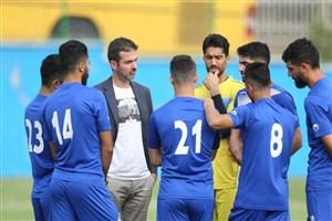 استقلال با ۱۹ بازیکن به تبریز می رود