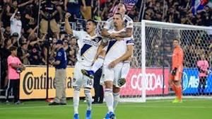 دبل زلاتان برابر لسآنجلس افسی در MLS
