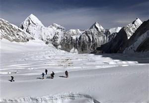 4 کوهنورد گرفتار بهمن در توچال