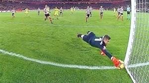 سیوهای برتر دروازبانان بارسلونا در تمرینات