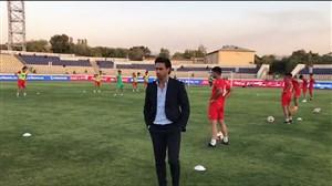 گرم کردن بازیکنان تیم امید با نظارت فرهاد مجیدی