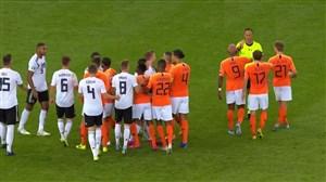 درگیری بین بازیکنان تیم ملی آلمان و هلند