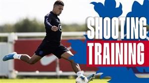 تمرینات تیم ملی انگلیس برای مقابله با بلغارستان