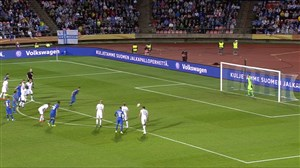 گل دوم ایتالیا به فنلاند (جورجینیو - پنالتی)
