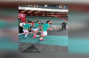 ورودبازیکنان تیم ملی بهورزشگاه فبل ازبازی با هنگ کنگ