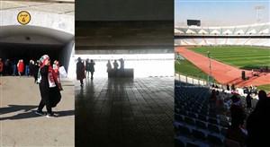 لحظه احساسی ورود یک بانو به استادیوم آزادی