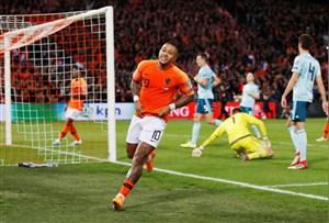 نجات هلند از کابوس حذف از یورو