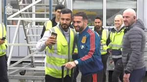 ورود تیم اسپانیا در هوای بارانی به نروژ