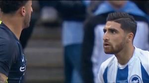 درگیری های سفت و سخت در زمین فوتبال