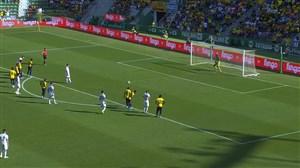 گل سوم آرژانتین به اکوادور پنالتی (لئاندرو پاردس)