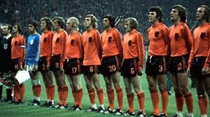 نگاهی به توتالفوتبال جذاب هلند در دهه 70 میلادی