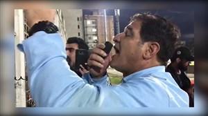 گریه شدید رضا مهاجری پس از تشویق توسط هواداران نساجی
