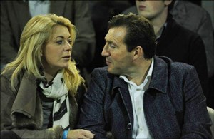 همسر ویلموتس چه کمکی به فوتبال ایران می کند؟