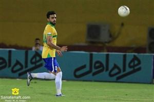 اهلشاخه: فوتبال ایران باید به ما احترام بگذارد