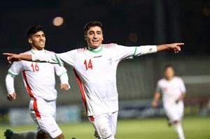 17:45 در استادیوم پاس؛ جوانان ایرانی منتظرند