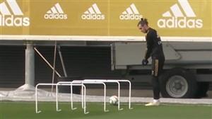 تقلید بیل از بازی گلف در تمرینات رئال مادرید