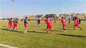 ورود و گرم کردن بازیکنان پرسپولیس و شهرداری ماهشهر